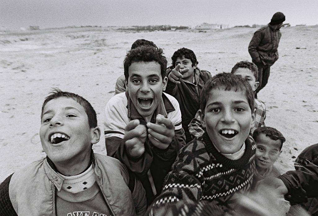 Spielende Kinder in Gaza (Portrait, Reportage, on location, redaktionell)